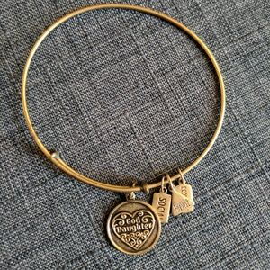 "Wind & Fire ""God Daughter"" Charm Bracelet Bangle"
